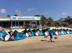 Vietnam Kiteboarding School