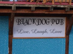 ‪Black Dog Pub‬