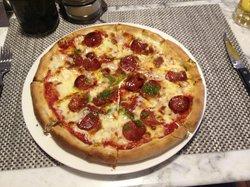 Ravioli's Italian Restaurant & Bar