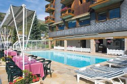 Les Soldanelles Hotel Restaurant