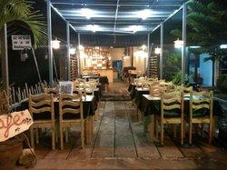 Goya Cafe Restaurant