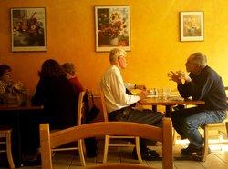 M&M Cafe