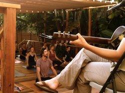 Riffs Studios Yoga