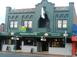 The Moonah Hotel