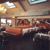 Sienna Restaurant & Ultralounge