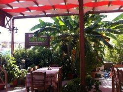 Gin's Place Restaurant Taverna - Platani - Kos