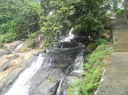 Aruvikkuzhi Waterfall
