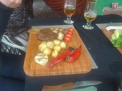 Happy Viking Sports Pub & Eatery