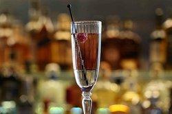 Lady Violet cocktail in GNH Bar