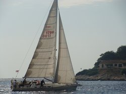 Bare Hvar Sailing Tours