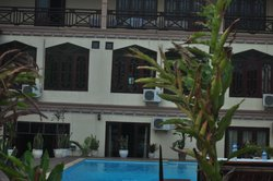 Thavisouk Riverside Hotel