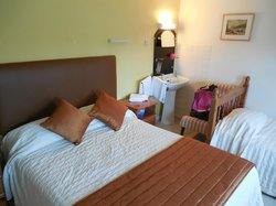 Cartref Hotel