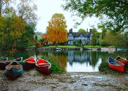 Thames Canoes Boat Hire
