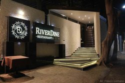 RiverDine Restaurant & Bar