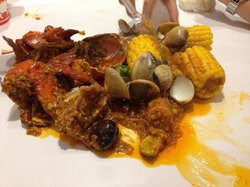 The Holy Crab - Louisiana Seafood