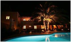 Hotel Ravesi