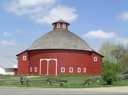 ‪The Round Barn Theatre at Amish Acres‬