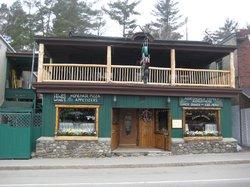 Flanagans Pub & Grill