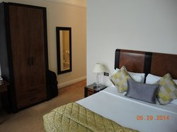 Grand Hotel-Bathroom Room 103