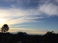 Pemandangan pagi dari kamar