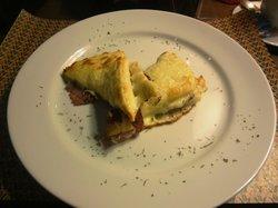 858 Cafe Bistro