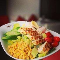 مطعم أربيل للمأكولات الشرقية :Arbil Orientalische Speisen Munich . Germany  Chefs-salad