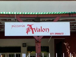 Pizzeria Avalon