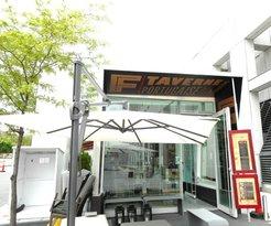 Taverne F
