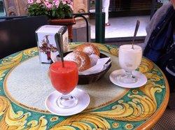 Bar iudica e Trieste