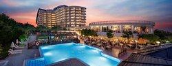 فندق لارا بيتش