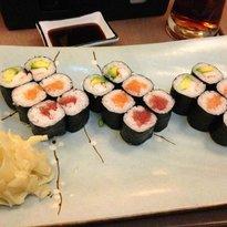Suno Sushi & Noodles