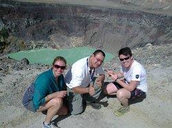 Imagen captada a la orilla del cráter volcán Ilamatepec