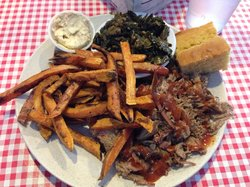 Foothill Momma's Bbq Juke Joint
