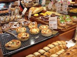 Ishigama artisanal bakery Le matin Yakuendai