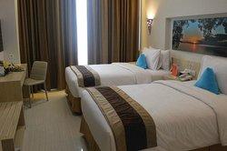 Move Megaland Hotel Solo