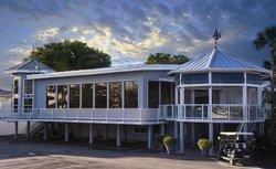 Crow's Nest Marina Restaurant & Tavern