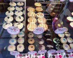 Dots Cupcakes