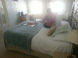 Bedroom and en-suit