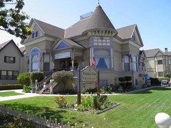 The Steinbeck House / Best Cellar Gift Shop