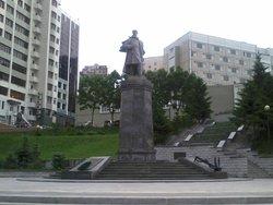 Памятник вице-адмиралу С.О. Макарову