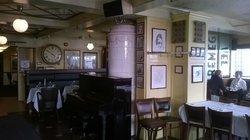 Bevaremegvel Bar & Restaurant