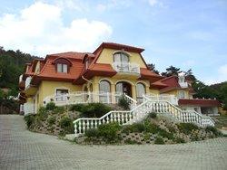 Star Villa