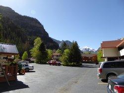 parking vue sur les montagnes