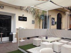 White cafe castellammare del golfo