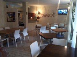Pizzeria Caffe' Magnolia