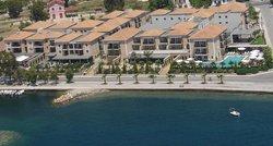 Valis Resort