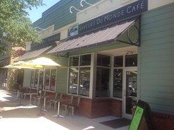 Saveurs Du Monde Cafe