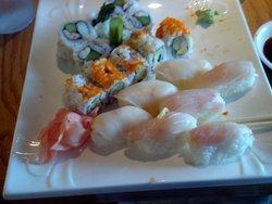 Toshi Sushi & Grill
