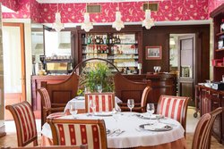 Lido Restaurant - Seafood & Steak