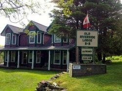 Old Riverside Lodge